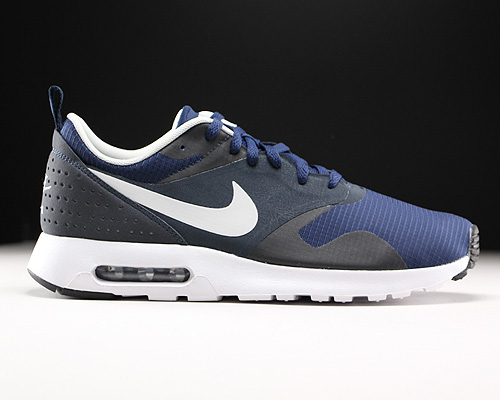 Nike Damen WMNS Air Max Axis Laufschuhe, schwarzweiß