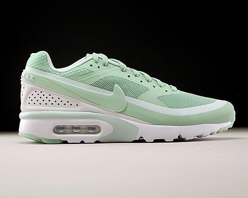 Nike Air Max BW Ultra Enamel Green Fiberglass White 819475