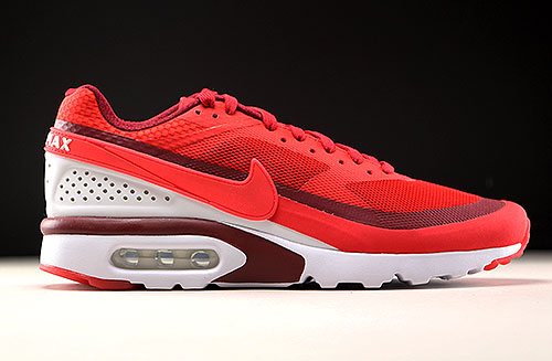 Women's Nike Air Max BW 'Night Maroon & Sail'. Release Date