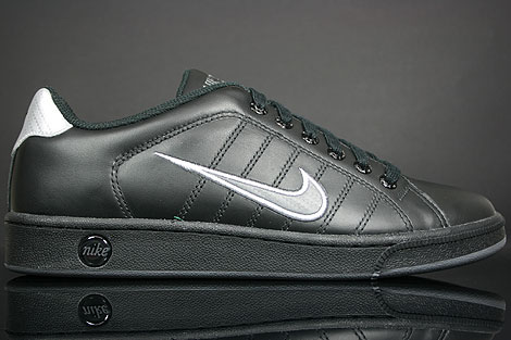 Nike Court Tradition 2 Black Dark Grey