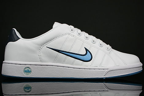 Nike Court Tradition 2 White Football Blue