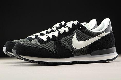 Nike Internationalist zwart creme Purchaze