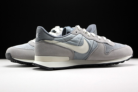 ... Nike Internationalist Wolf Grey Sail Innenseite ...