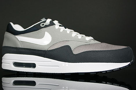 Nike Air Max 1 Grey White Obsidian Profile